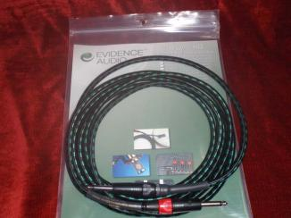 Lyric HG 12ft (straight to straight neutrik plugs)